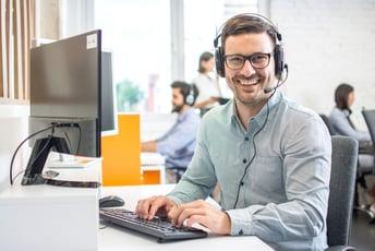 自動要約とは?音声認識×テキストマイニング×AIでコールセンター業務を改善