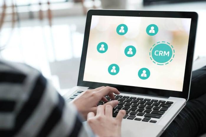 企業がCRMを導入する目的や想定される効果とは